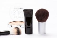 Jak bezpiecznie testować kosmetyki?