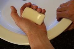Smartfon mydłoodporny?