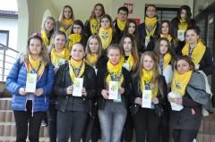 Młodzież zKLO pomaga uboższym uczniom