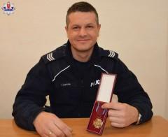 Brązowy Krzyż Zasługi dla biłgorajskiego policjanta