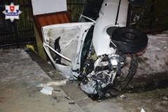 Audi wrowie. Dwóch mężczyzn trafiło do szpitala