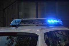 Nietrzeźwi 14-latkowie rzucali butelkami wauta, inni podpalili gumową wycieraczkę