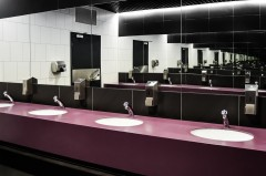 Jak wyposażyć toalety whotelu? Doradzamy funkcjonalne rozwiązania.