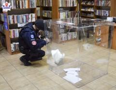 Podłożył ładunek wybuchowy wlokalu wyborczym - ćwiczenia policjantów
