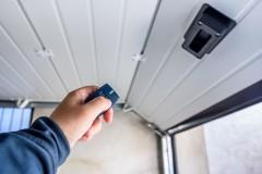 Bramy garażowe - wymiary iinne, czyli jak zamontować bramę garażową?