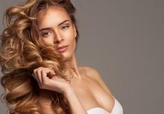 Jak dbać owłosy jesienią? Oto sprawdzone sposoby