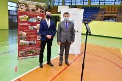 Powiat dostał 1,2 mln zł na przebudowę hali sportowej przy ZSBiO
