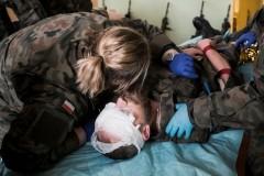 Terytorialsi na szkoleniu zmedycyny pola walki