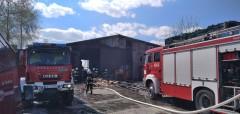 Pożar hali magazynowej