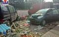 Wypadek na targowisku. 86-latek wjechał wludzi